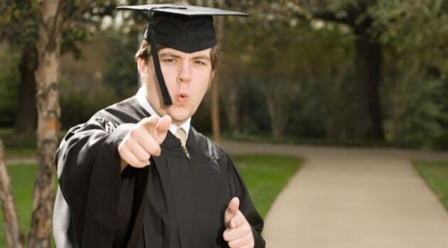 What to Wear to Graduation Male